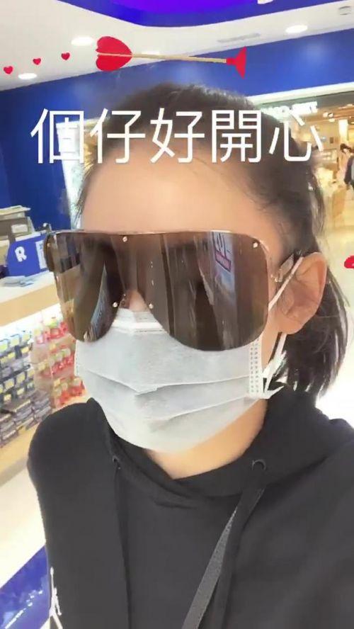 曝张柏芝时装店因疫情停业 月亏损高达六位数