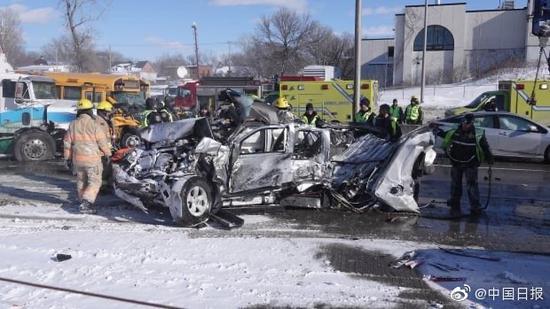 魁北克发生大型车祸 导致69人受伤
