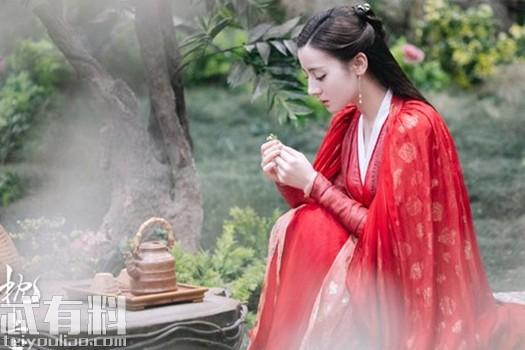 三生三世枕上書鳳九為什么要得到頻婆果 東華為何把頻婆果給了姬衡