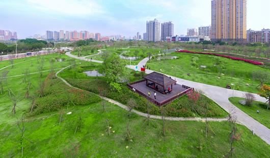 """漳州龙文公园陆续�L恢复开放 市民乐享""""慢""""生活"""