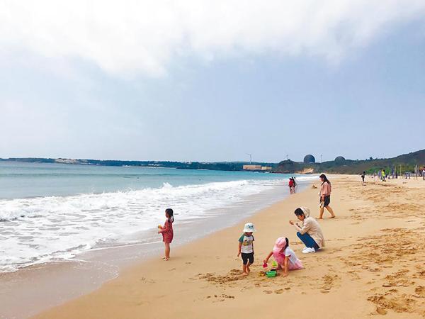 大陸游客減少加疫情沖擊 臺灣墾丁觀光業一片哀嚎