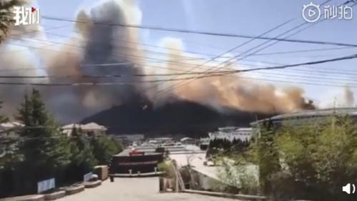 青岛崂山突发山火怎么回事 详细经过原因是什么现场图