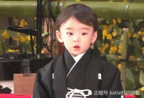 藤间斋年龄多大了家庭背景太惊人 藤间斋小少爷照片曝光颜值太绝!
