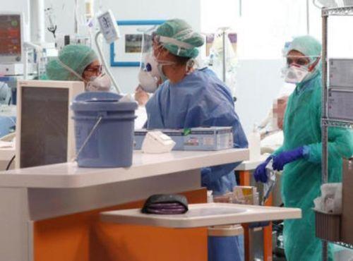意大利24名医生殉职 包括数名这样的已退休的医生