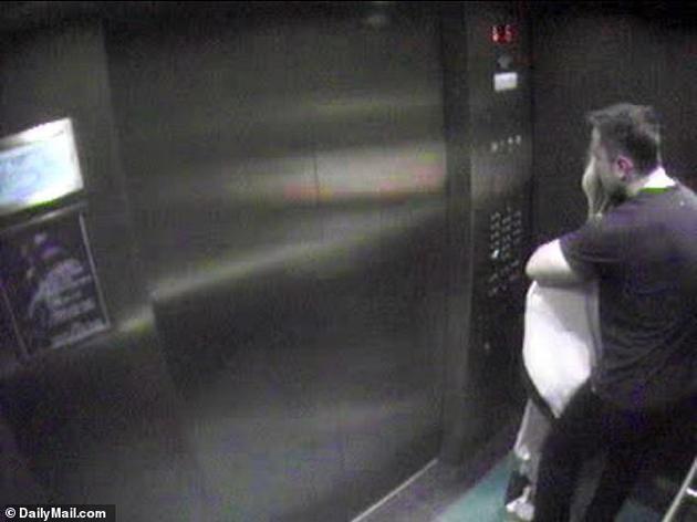 德普前妻疑婚内出轨特斯拉老板真的吗?两人电梯亲热画面曝光辣眼睛