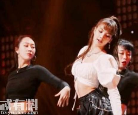 青春有你2 Lisa跳舞的背景音乐是什么 Lisa资料照片她是哪里人