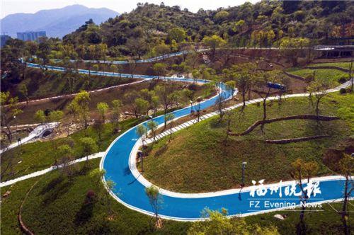南山生态公园二期休闲步道。
