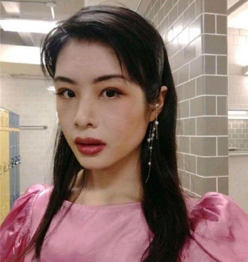许可馨Nova-相片资料有什么背景 中国药科大学生许可馨为什么引起公愤