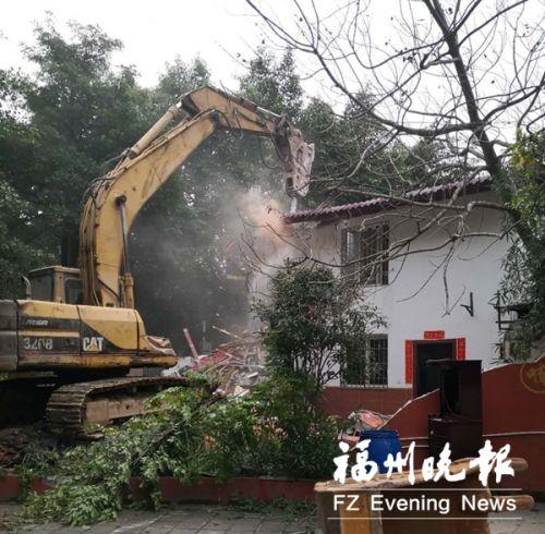 台江宁化支路违建拆除现场。