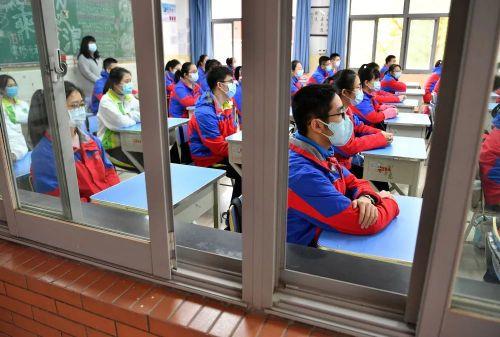 教室上課必須戴口罩!福建多地將為師生發口罩