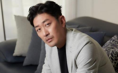 韩演员河正宇遭黑客威胁 中国警方协助追查嫌犯