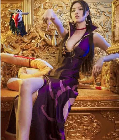 海賊王女帝波雅漢庫克COS圖大賞 霸氣酷帥第一絕色美女