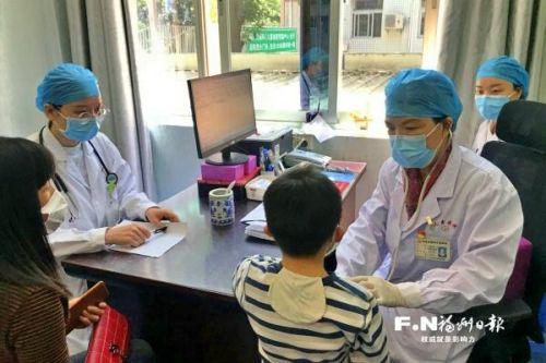 """福州市儿童医院有位""""拼命三娘"""""""