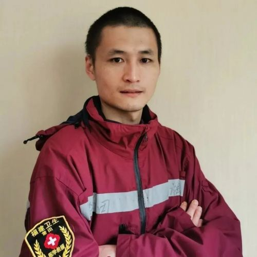 """福建33名护士获""""最美劳动者""""荣誉称号"""
