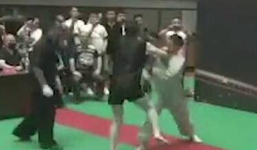30秒被KO太极掌门称一切安好 马保国被KO后续