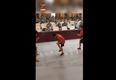 小学生世界冠军教兵哥哥跳绳怎么回事?现场图曝光太暖了
