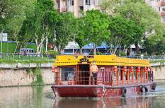"""晉安河福船""""游""""過一周年 都市夜生活再添魅力"""