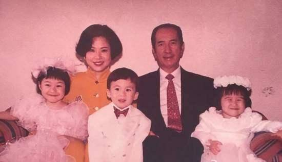 賭王何鴻燊逝世原因是什么 何鴻燊有多少個老婆孩子財產家底揭秘
