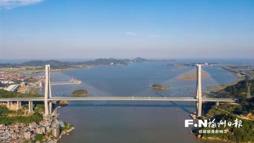绕城高速东南段长门特大桥。记者 叶义斌 摄