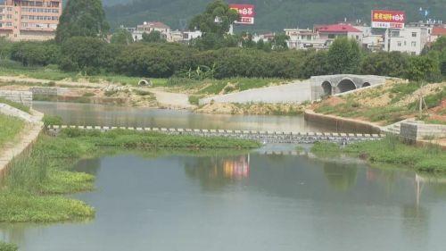 """""""益""""举两得!泉港增设河湖保洁新岗位"""