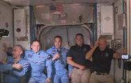 SpaceX一飞冲天 马斯克离火星又近了!
