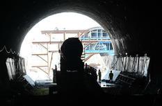 新建福廈鐵路奎坑隧道貫通