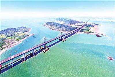 """海上筑""""长虹"""" !平潭海峡公铁两用大桥公路段已具备通车条件"""