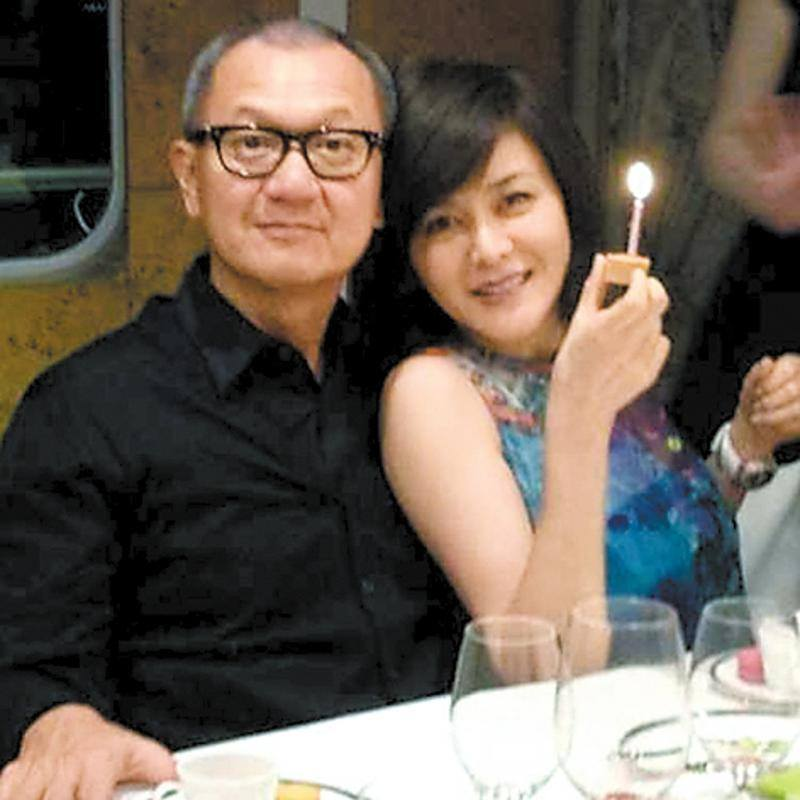 关之琳陈泰铭只办婚礼没领证?女方曾想复合遭拒