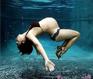 唯美如梦似幻孕妇水下摄影